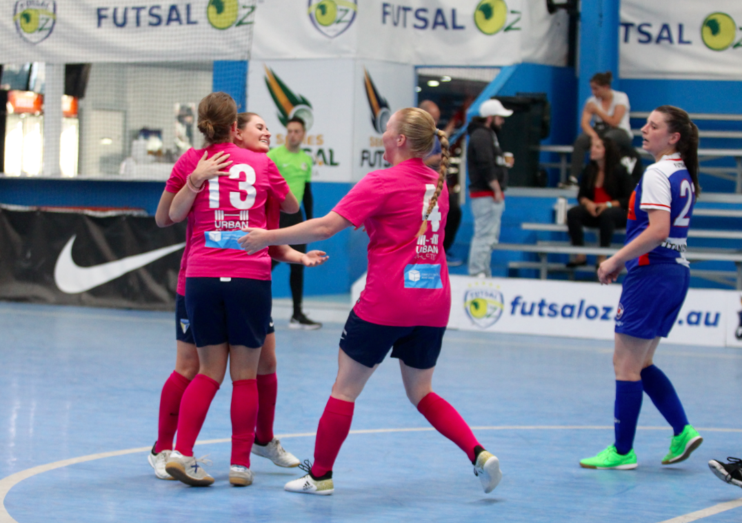 VIC: FCR Women to good – Victoria | Series Futsal